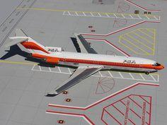 1:200 Gemini Jets Model - Boeing 727-200 - Pacific Southwest (PSA) £59.00