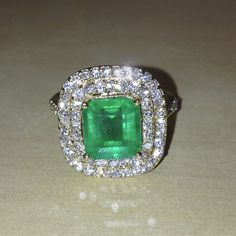 Colombian Emerald and Diamond 14K Yellow Gold Ring
