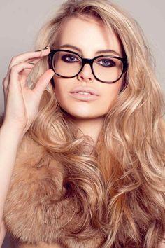 e840520913 Nerd glasses   voluminous hair like the color soft gold