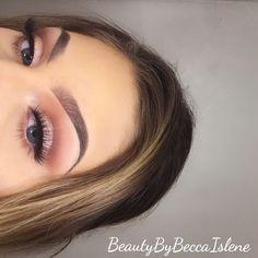 Prom Makeup Looks, Cute Makeup, Glam Makeup, Pretty Makeup, Skin Makeup, Eyeshadow Makeup, Beauty Makeup, Pink Eyeshadow, Eyeshadows