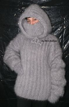 Laughing so hard...because this is what I wish I had for all of those long Michigan winters!! hahaha In Mohair gekuschelt