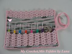 My Crochet , Mis Tejidos by Luna: Tutorial para bolsita para agujas crochet Crochet Hook Case, Crochet Hooks, Crochet Top, Purse Patterns, Crochet Patterns, Crafts For Kids, Arts And Crafts, Flowers Nature, Purses And Bags