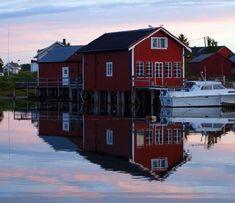 Brygga og Naustet - The Pier
