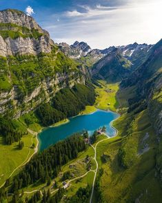 Appenzell, Switzerland : MostBeautiful Nature Photography, Travel Photography, Three Lakes, Hiking Guide, Destination Voyage, Best Hikes, Beautiful Places, Wonderful Places, Places To Go