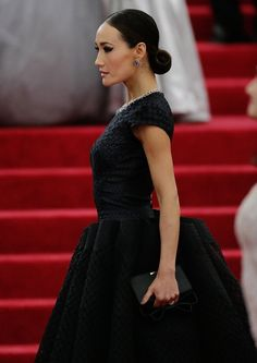 Pin for Later: The Prettiest Met Gala Shots Need to Be Zoomed In Met Gala Red Carpet Details 2014 The strong lines of Maggie Q's black gown deserve to be checked out from the side.