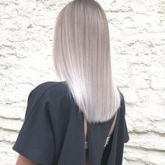 Hair Style Internet Safety: Protecting Children In Cyberspace The Internet is like a vast city-full Blonde Hair With Roots, Silver Blonde Hair, Blonde Hair Looks, Platinum Blonde Hair, Ombre Hair, Balayage Hair, Hair Shades, Hair Highlights, White Highlights