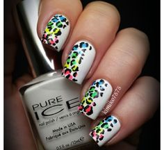 Love this white pattern