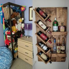 """Mi piace"": 17, commenti: 6 - Alexandra Bradley (@a_lintu) su Instagram: ""New hobby! First couple projects: Stuffy Zoo and Wine Rack. #diy #woodworking #gettingbetter…"""