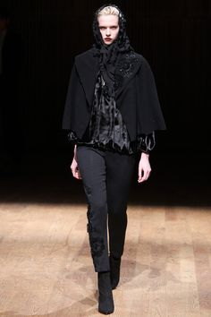 Josie Natori | Fall 2014 Ready-to-Wear Collection | Style.com #Minimalist #Minimalism #Fashion