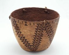 Carrying basket.  Native American (Klikitat), before 1916 | Cedar root, spruce, and elk grass