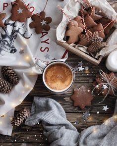 Cosy Christmas, Christmas Feeling, Christmas Cookies, Christmas Time, Merry Christmas, Gingerbread Cookies, Christmas Food Photography, Christmas Phone Wallpaper, Illustration Noel