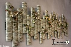 Wall art using dry flowers Deco Floral, Arte Floral, Floral Design, 3d Wall Art, Floral Wall Art, Flower Boxes, Flower Decorations, Garden Art, Flower Designs