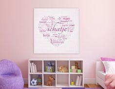 Deze lieve lichtroze muurdecoratie fleurt de muur op in iedere babykamer of kinderkamer.