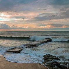 The Mediterranean Sea with an autumnal sky  // La mer Méditerranée sous un ciel automnale à #laCroixValmer !  by e.bertrand from @golfesttropez  ➡️ Tag #GolfeStTropez to be featured ⚡️ ➡️ Follow @golfesttropez for more #beautifulpic  #France #jaimelafrance #paradise #instatravel #awesomeview #magic #goodmorning #super_france #loves_france #colorful #trip #worldcapture #wonderful_places #escape #enjoy #igers #igersfrance #provencealpescotedazur #photooftheday #sealovers #pornsky