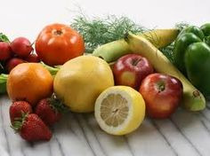 Get Healthy Skin Naturally: 10 Best Fruits For Skin Care Healthy Fruits, Healthy Foods To Eat, Get Healthy, Healthy Skin, Healthy Recipes, Eating Healthy, Eat Fruit, Fruits And Vegetables, Veggies
