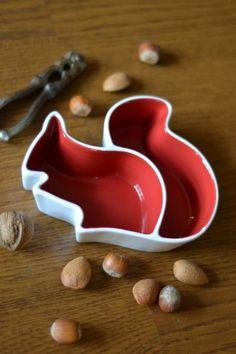 iota bristol : Squirrel Bowl