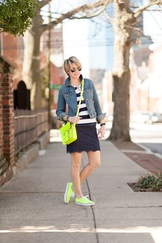 i adore this outfit! neon vans are a must have for spring. via seersucker and saddles Neon Vans, Neon Sneakers, Outfits With Converse, Gray Converse, Cute Fashion, Womens Fashion, Spring Summer Fashion, Spring Style, Seersucker
