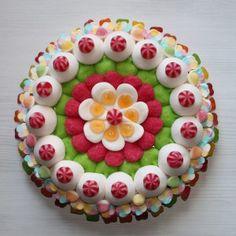 Tarta de chuches   Gâteau de bonbons. Gourmandise. Candy