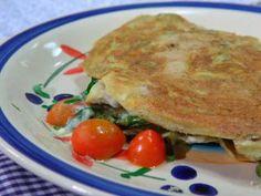 Omelette de espárragos, habas y alcauciles