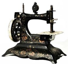 Resultados de la Búsqueda de imágenes de Google de http://img2.mlstatic.com/antigua-maquina-de-coser-japonesa-1920-juguete_MLA-O-99722839_4108.jpg