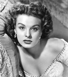 JEAN PETERS (1926 - 2000) was an American actress, known as a star of 20th Century Fox in the late 1940s and early 1950s, and as the second wife of Howard Hughes. Although possibly best remembered for her siren role in Pickup on South Street, Peters was known for her resistance to being turned into a sex symbol. She preferred to play unglamorous, down-to-earth women. Other films: Niagara; Three Coins in the Fountain. Her final film was A Man Called Peter (1955),