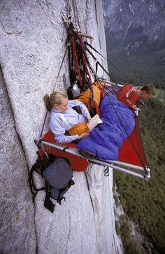 Portaledge camping at Yosemite. – Image by Corey Rich / Getty Images Portaledge Camping in Yosemite. – Picture of Corey Rich / Getty Images Yosemite California, California Usa, Yosemite Valley, California California, California Camping, Northern California, Yosemite Camping, Extreme Sports, Rock Climbing