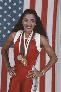 Flo Jo, Black Girls Rock, Black Girl Magic, Florence Griffith Joyner, Olympic Athletes, Black History Facts, Summer Olympics, Beautiful Black Women, Beautiful People