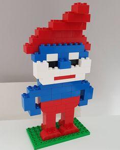 Papa Smurf . . . #duplo #lego #legoduplo #legogram #bricks #brickcentral #duploart #legoart #pixelart #bricknetwork #smurfs #kids #toddlers #summerholidays #building #buildingblocks #legomania