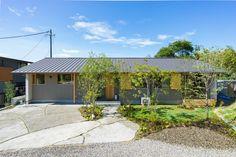 Gazebo, Outdoor Structures, Cabin, House Styles, Outdoor Decor, Home Decor, Instagram, Homemade Home Decor, Kiosk