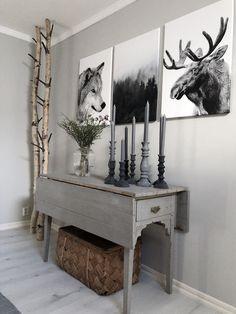 mesa de madera estilo rústico con alas abatibles, pintada en color gris