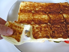"""Grilled Cheese """"Pull-Aparts"""" yum"""