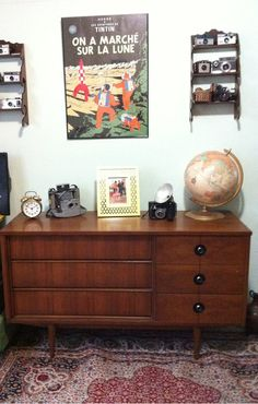 Mid Century Stanley Distinctive Furniture Dresser
