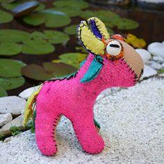 Torito del lana y tintes naturales. Hecho por Juana, artesana de #Chiapas. MXN $390.00