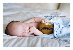 Miami's newborn portrait photographer