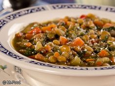 Low in fat and high in nutrition, lentils are always a super choice for anyone who has diabetes. Our Hearty Lentil Soup is so filling, you can enjoy it as a main dish soup or certainly have a cup as a starter for the rest of your meal. Healthy Holiday Recipes, Healthy Snacks For Diabetics, Healthy Eating Recipes, Cooking Recipes, Healthy Soups, Vegetarian Cooking, Crockpot Recipes, Diabetic Soups, Diabetic Recipes