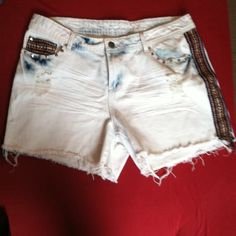 Bleached denim shorts. Aztec lining n  fray bottom Never worn. Brand new without tags reign Shorts Jean Shorts