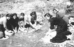 Quando il bucato si faceva al fiume !!