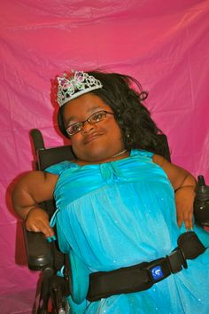 Love That Max: A beauty pageant for kids with special needs Elizabeth Kubler Ross, Down Syndrome Awareness, Most Beautiful People, Special Needs Kids, Beauty Pageant, Community, North South, Pageants, Autism
