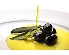 """The Ministry of Agriculture, Fisheries and Food awards the """"Best Spanish Food Award of Extra Virgin Olive Oils, campaign"""" Best Spanish Food, Olive Oil Benefits, Multi Grain Bread, Healthy Food Delivery, Nutrition Tips, Lose Belly Fat, The Best, The Cure, Minion"""