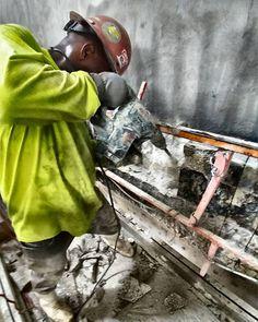 #demolitionman  #concretecutting #constructionsite #concreteconnection #concrete #miami #doral #generalcontractor #spiderlift #wayupthere #construction  #dadecounty #ironworker