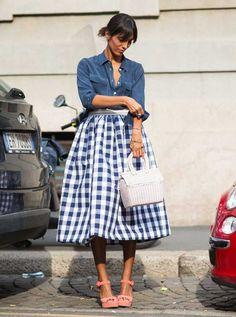 Denim street style how to wear Denim Street Style, Look Street Style, Street Looks, Street Chic, Street Styles, Fashion Mode, Look Fashion, Womens Fashion, Milan Fashion
