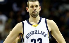 Leonard y los Spurs se afianzan y hacen perder el liderato a los Grizzlies +http://brml.co/1NtUiwd