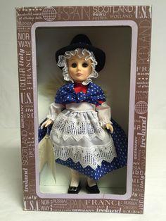 "The Wonderful World of Effanbee Dolls 1134 Wales 1985 11"" Tall"