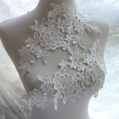 Venise flower lace applique in off white, crocheted floral lace applique one pair by lacelindsay on Etsy https://www.etsy.com/listing/244162276/venise-flower-lace-applique-in-off-white
