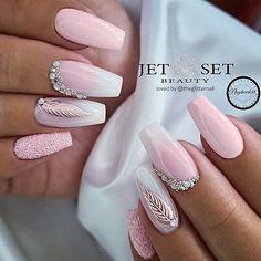 Pink Tip Nails, Baby Pink Nails Acrylic, Baby Nails, Pink Nail Art, Best Acrylic Nails, Nail Art Rose, Baby Pink Nails With Glitter, Pink Acrylics, Rhinestone Nails