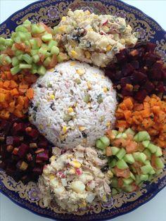 Plat Végétarien  :    Description   Salade of marokkaans Kebab Recipes, Salad Recipes, Diet Recipes, Cooking Recipes, Healthy Recipes, Morrocan Food, Moroccan Kitchen, Tagine Cooking, Egyptian Food