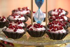Túrós kosárka sütés nélkül, diétásan - Salátagyár Mini Tart, Cheesecake, Muffin, Cherry, Food And Drink, Sweets, Baking, Fruit, Drinks