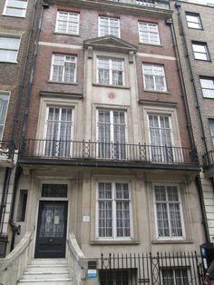 The home of poet Elizabeth Barrett Browning