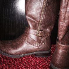 Guess wide calf high boots Brown leather, wide calf guess boots worn only a few times. Guess Shoes Over the Knee Boots