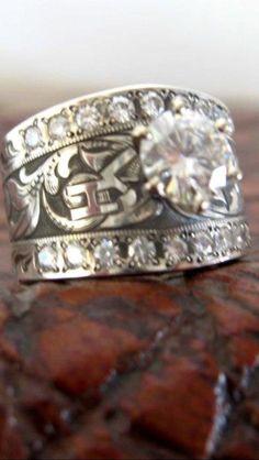 western wedding rings With brand. Western Wedding Rings, Western Rings, Western Jewelry, Western Engagement Rings, Boho Wedding, Bling Bling, Cowgirl Bling, Gypsy Cowgirl, Dream Ring
